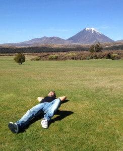Sotto il caldo sole NeoZelandese, nel parco Tongariro