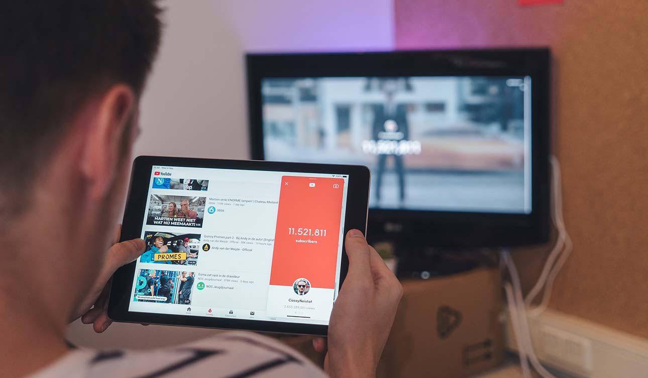 SEO in YouTube: Cos'è, Come Funziona e Tutorial per l'Ottimizzazione dei Video